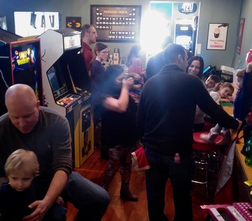 Harp-Cade features Weekend Family Happy Hour!