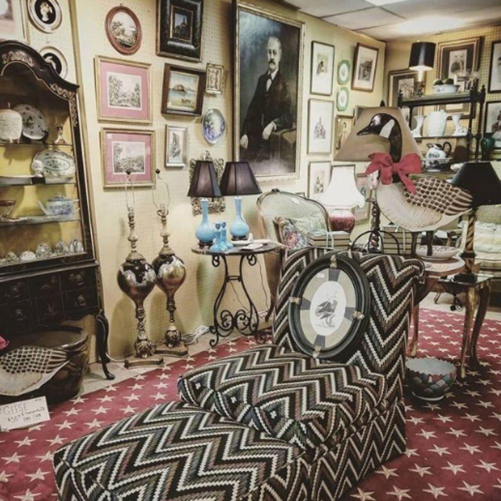 Red Bank's Vibrant Antique Shop Community