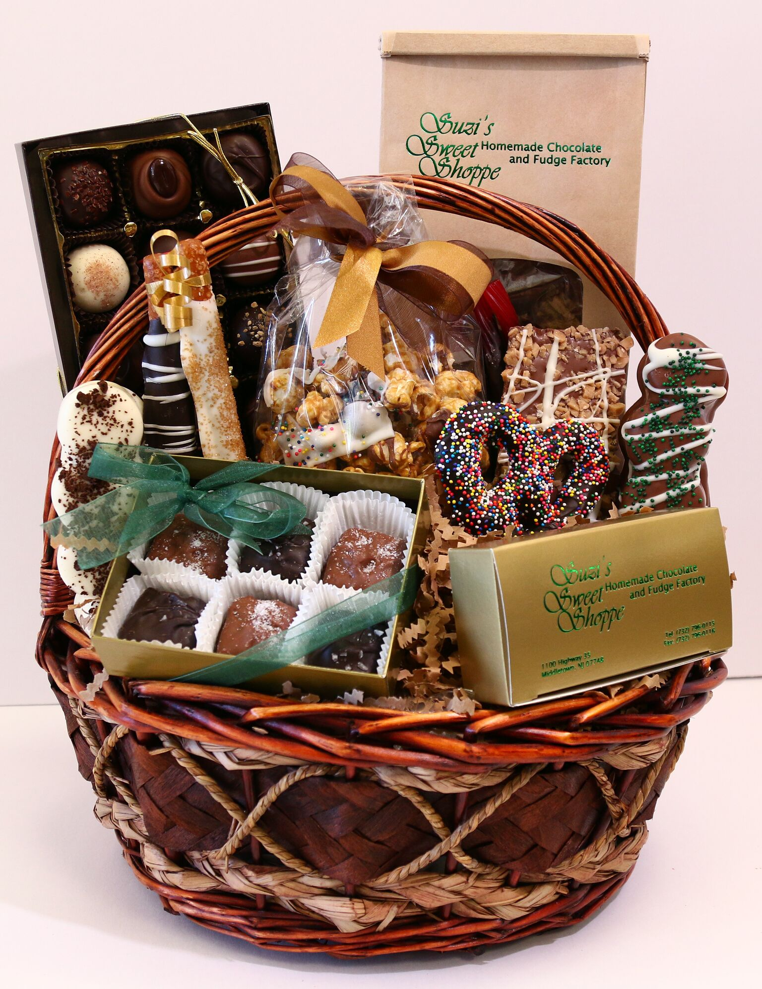 Amazing Baskets and Platters