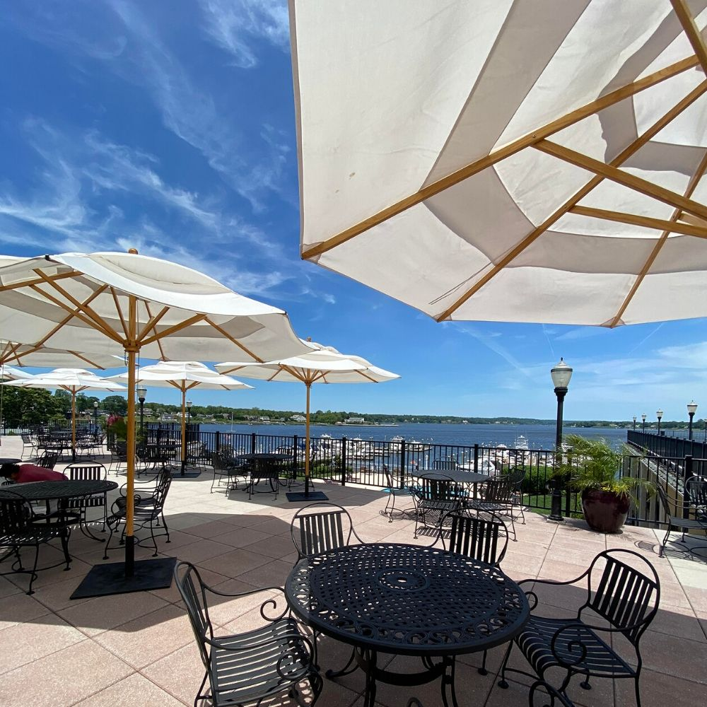 Enjoy Waterfront Dining at The Molly Pitcher Inn!