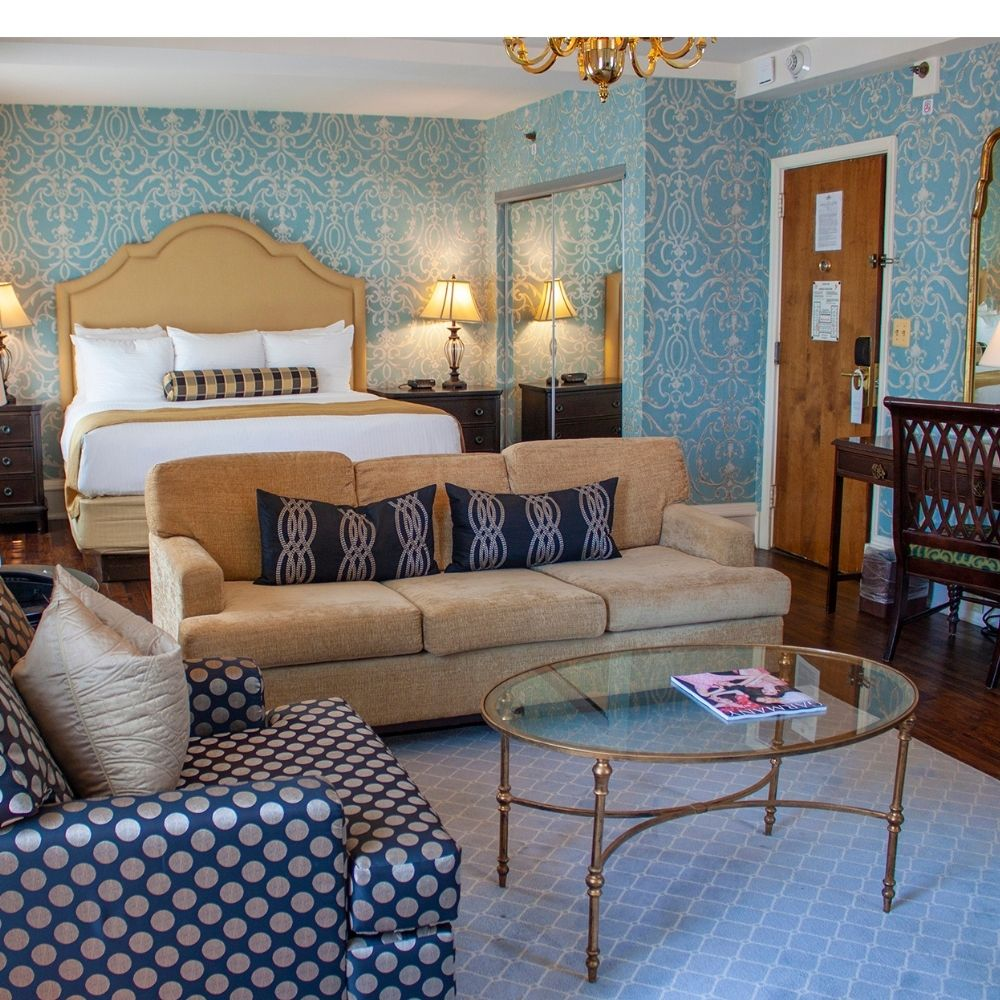 Winter Weekend Escape at the Molly Pitcher Inn!