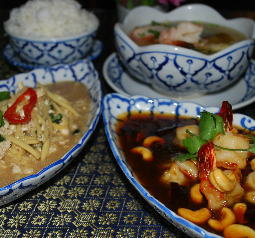 $10 Business Lunch Special Tue-Fri at Siam Garden