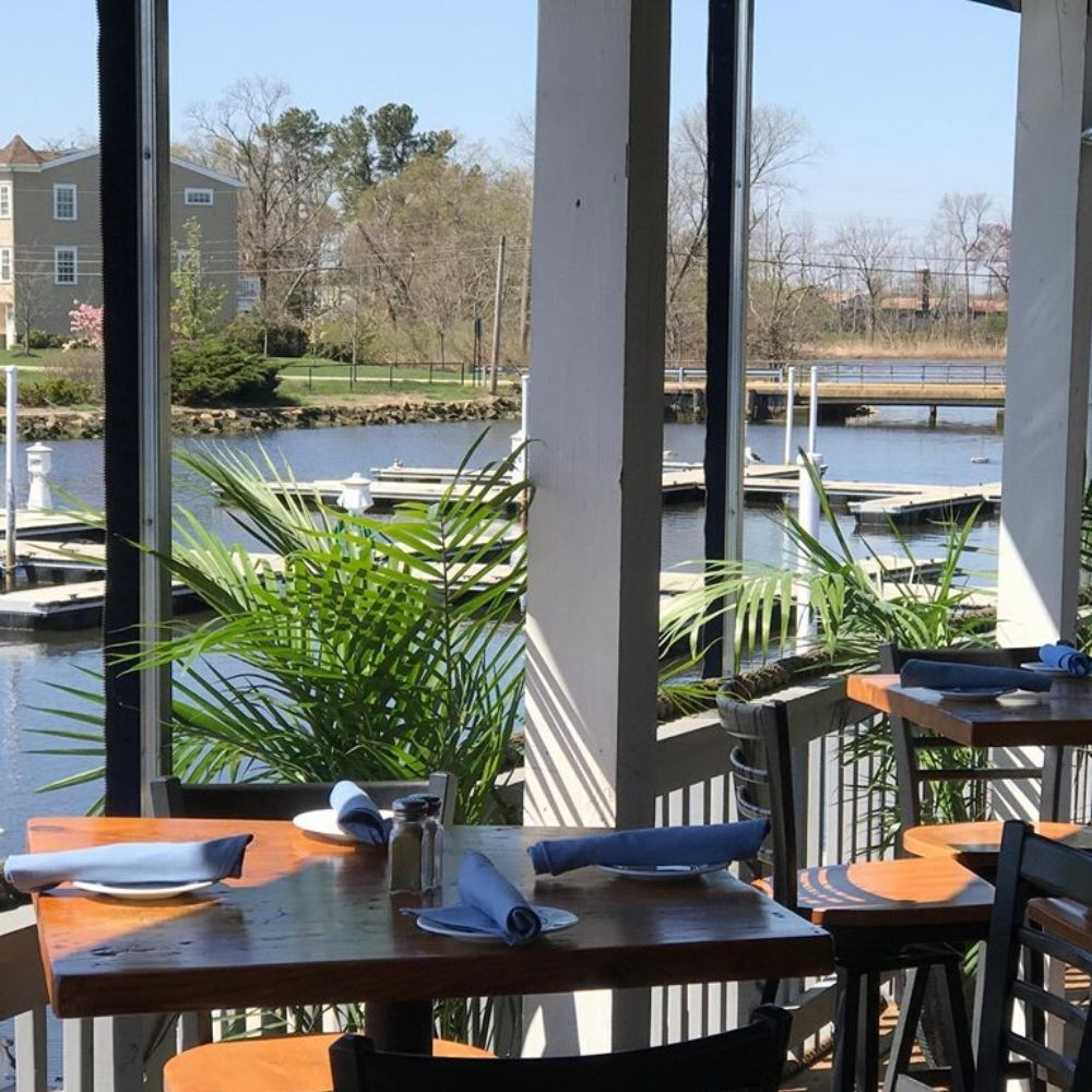 Outside Dining at The Marina At Oceanport!