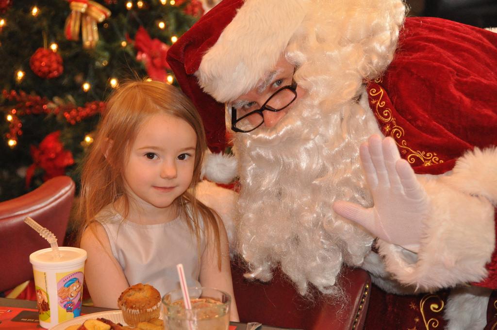 Breakfast with Santa on December 8th