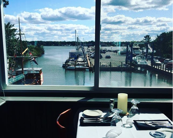 Dine on the Waterfront at Reels at Pier 281