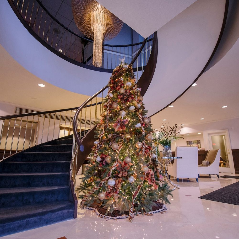 Host Your Holiday Event on the Navesink
