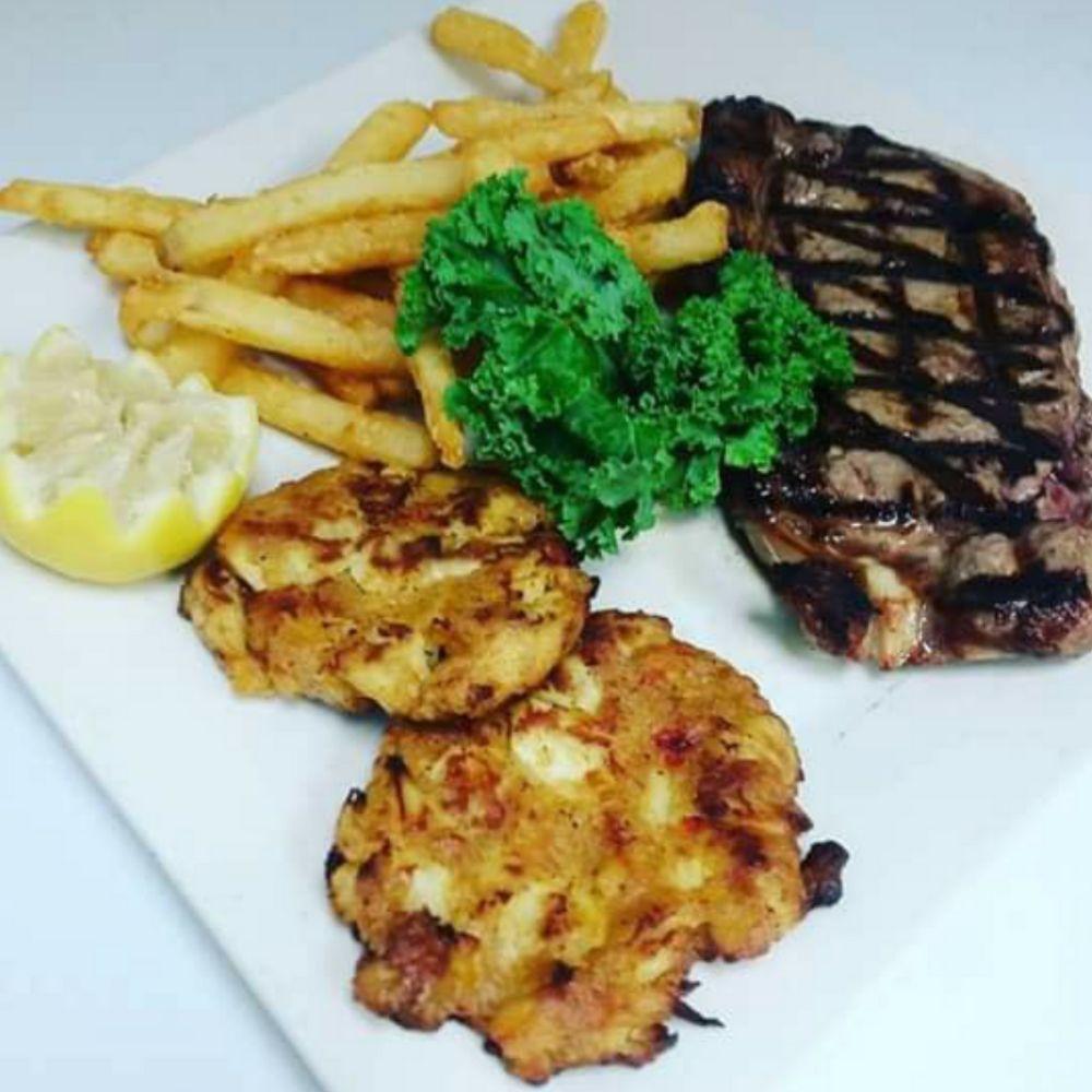 Thursdays: Steak and Crab Cake Combo - $18.99