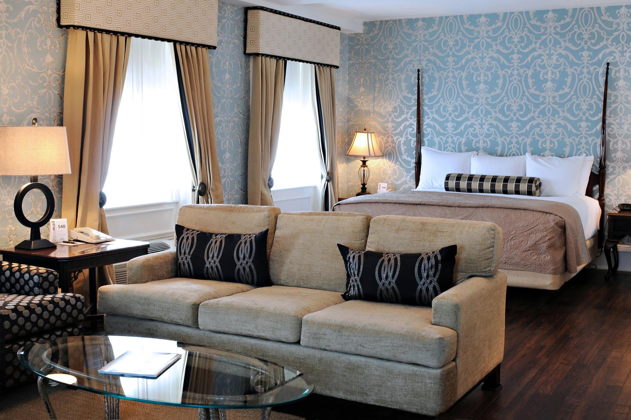 Special Packages at Molly Pitcher Inn